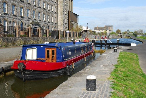 Barge on Royal Canal